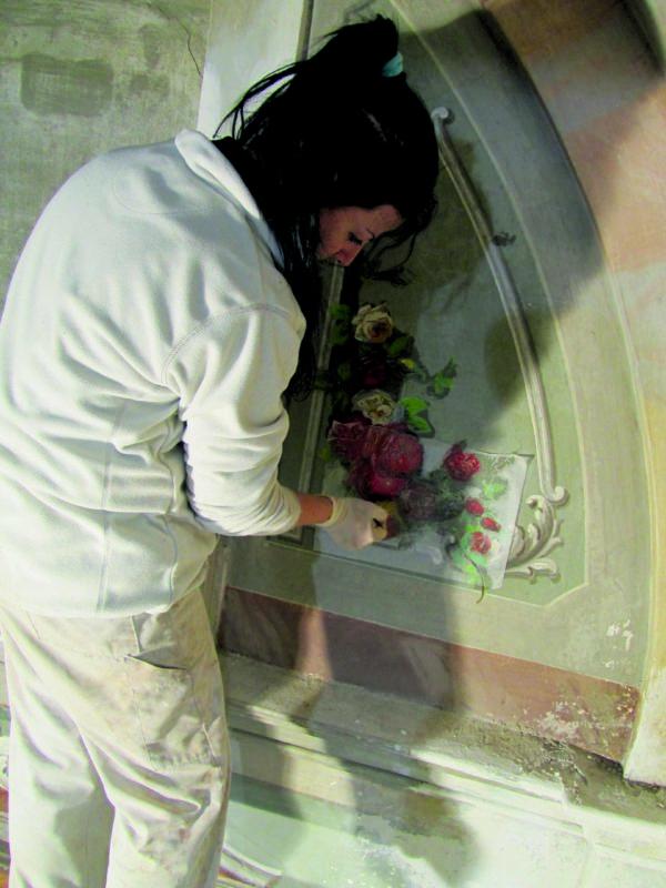 Restauration von Fresken in der Pfarrkirche Aquila (TI). (Foto: zVg)