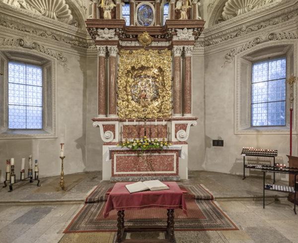 Der Gnadenaltar der Marien-Wallfahrtskirche Oberdorf (SO). (Foto: José R. Martinez)