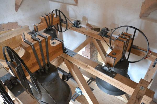 Blick in einen Glockenstuhl. (Foto: © Glockengiesserei Rüetschi, Aarau)