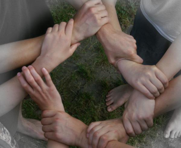 Gemeinsam gelingt es! Ensemble, nous réussissons! Insieme ci riusciamo! (Foto/Photo: S. Hofschlaeger/pixelio.de)